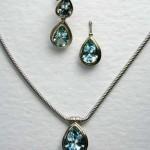 Sapphire and 18 carat gold set